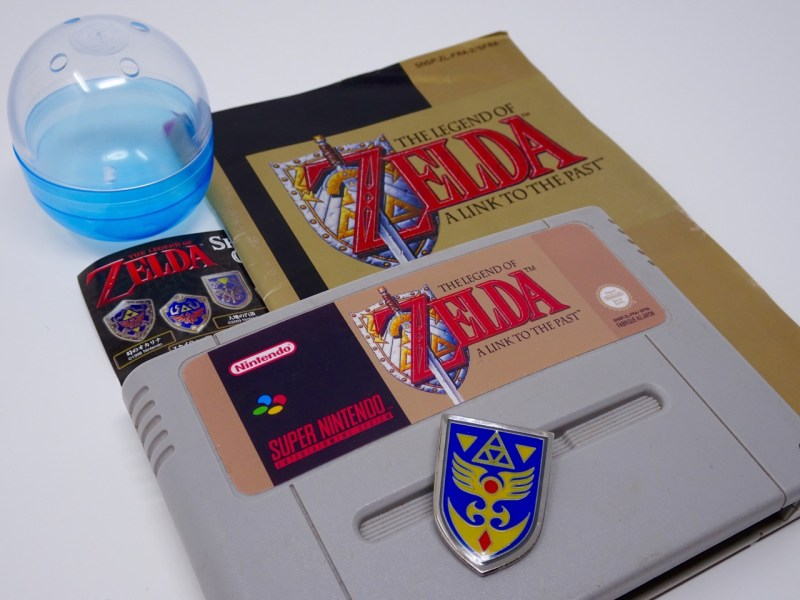 Unboxing pins Zelda
