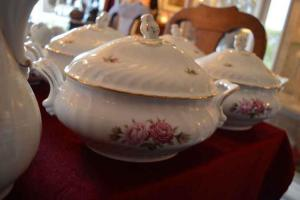 Servies Porselein Kaiser Moosrose