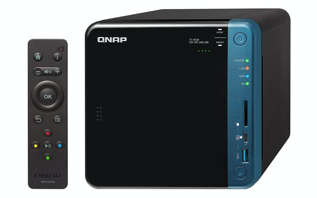 QNAP TS-453B