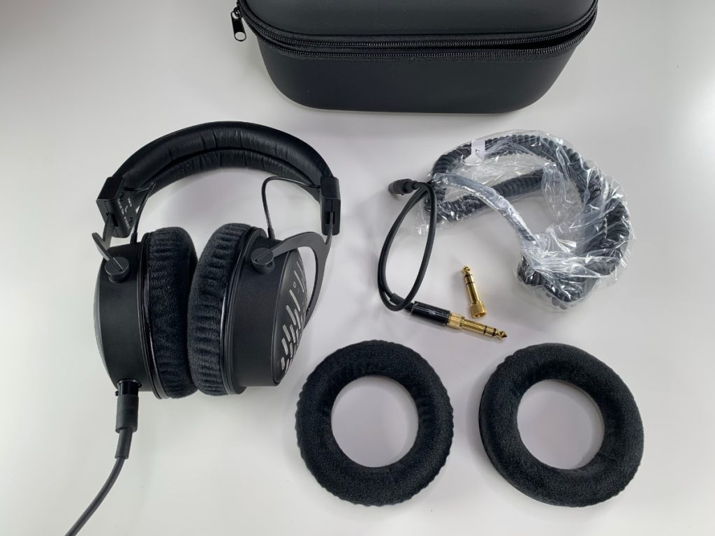Auriculares Beyerdynamic DT-1990 Pro
