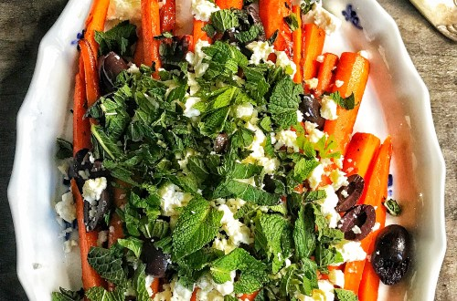 Cool carrots - carrot salad with roasted carrots, feta, black olives and mint