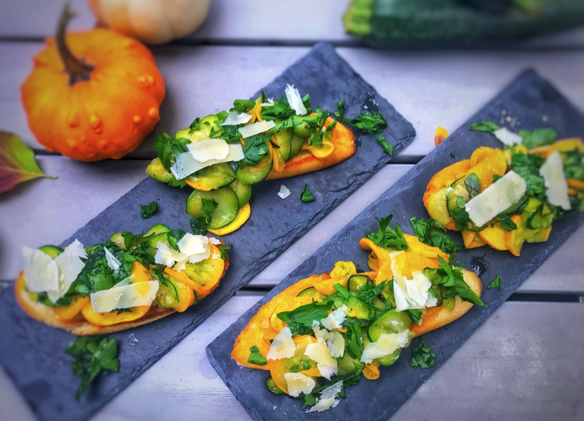 Zucchini toast with fresh hersb - perfect toast for fall! Easy appetizer or dinner.