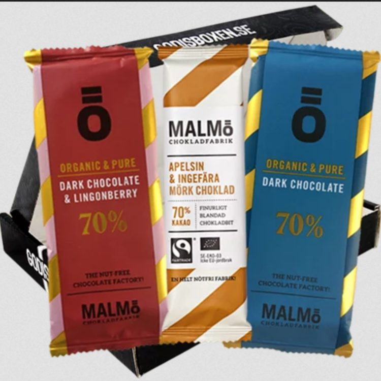 Presentbox med olika lyxiga choklad