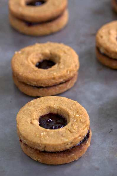 Peanut butter and grape jelly cookies