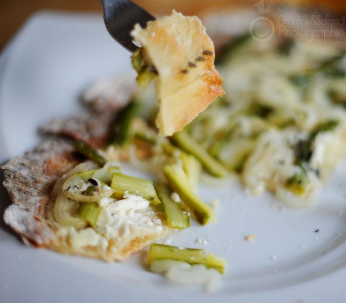 12 Gluten Free and Vegetarian Flammkuchen kl