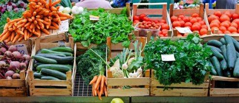 farmers-market-vegetables