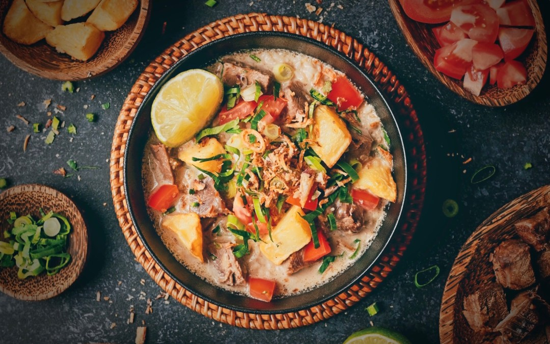 Soto Betawi (Braised Beef with Coconut Broth)