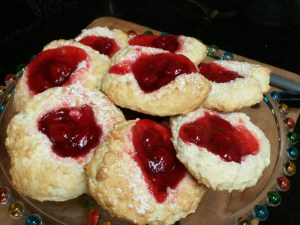 Cherry Filled Biscones