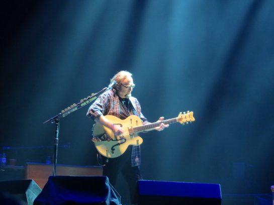 Steve Stills singing