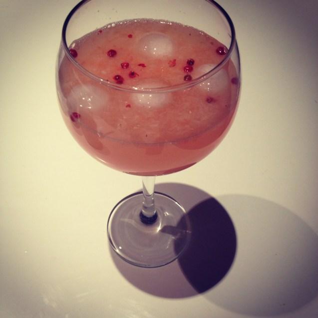 como hacer gin tonic de pomelo