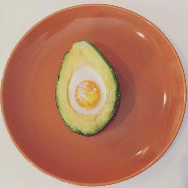 receta aguacate relleno huevo horno