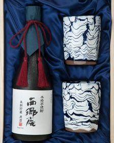 西郷隆盛公の末裔がつくる薩摩焼酒器と 本格焼酎のコラボレーション