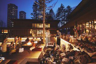 星野リゾート トマム(北海道勇払郡占冠村) 十勝小麦を使用したパンと北海道のワインを味わう 「つき夜のパンまつり」を初開催 開催期間:2018年9月1日〜10月31日