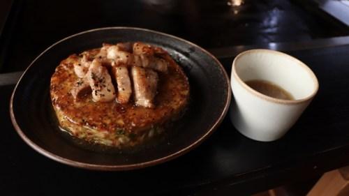 原宿のお好み焼き店で「高知よさこいフェア」8月1日から1か月実施。高知県産の食材をふんだんに使った期間限定メニューを提供