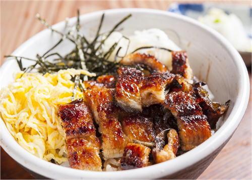 うなぎの食文化を守りたい! うな丼1杯1000円~の【大衆】うなぎ料理専門店