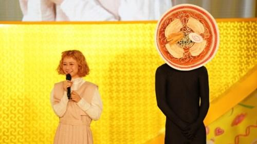 「Super! C CHANNEL 2018」幸楽苑ステージに三戸なつめが登場! TEMPURA KIDZがプロデュースする「めん☆ダンス」のコンテスト開催を発表!