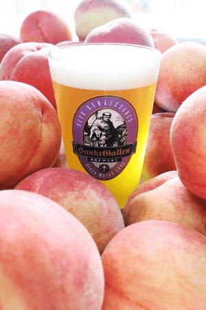 サンクトガーレン、横浜オクトーバーフェストで1日1000杯完売の「7種の桃のエール」全国のビアバーへ出荷開始。しっかり桃、しっかりビール、大人のピーチネクター。