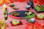 京都・宇治茶の伊藤久右衛門「紅葉パフェ」10/22に提供開始  紅葉コースター付きのドリンクセットも
