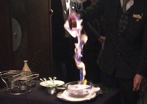 【リーガロイヤルホテル京都】迫力ある演出を愉しむ『酔っ払い海老』アラカルトメニューでの販売開始