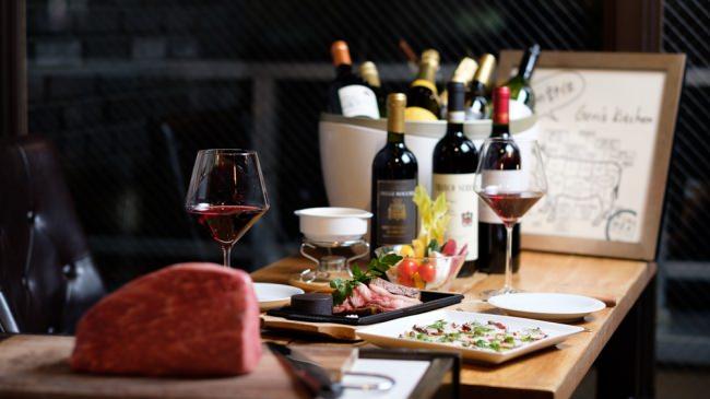 厳選ワインが飲み放題!量り売り和牛ステーキの『肉バル ゴリズキッチン』新橋店にてワインのフリーフロープランスタート!