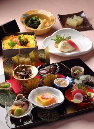 【神戸メリケンパークオリエンタルホテル】四季折々の料理を提供する日本料理「石庭」春を感じる 桃の節句ランチを販売