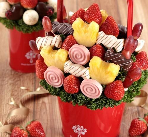 「フルーツブーケ(R)」でホワイトデーに差をつける! チョコとフルーツをおしゃれに融合した期間限定商品が登場  ~「ホワイトデーに女子がもらってみたいもの」第1位~