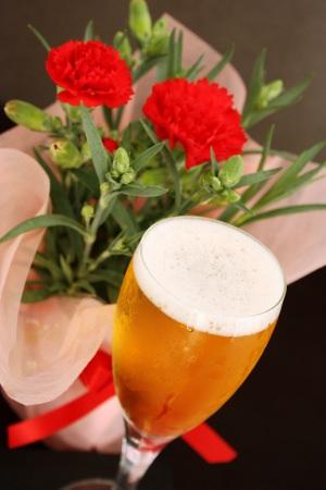 【母の日2019】サンクトガーレン、カーネーション鉢植えとクラフトビールの母の日ギフトセット追加販売開始 <本州お届け 5月10日(金)まで受付>