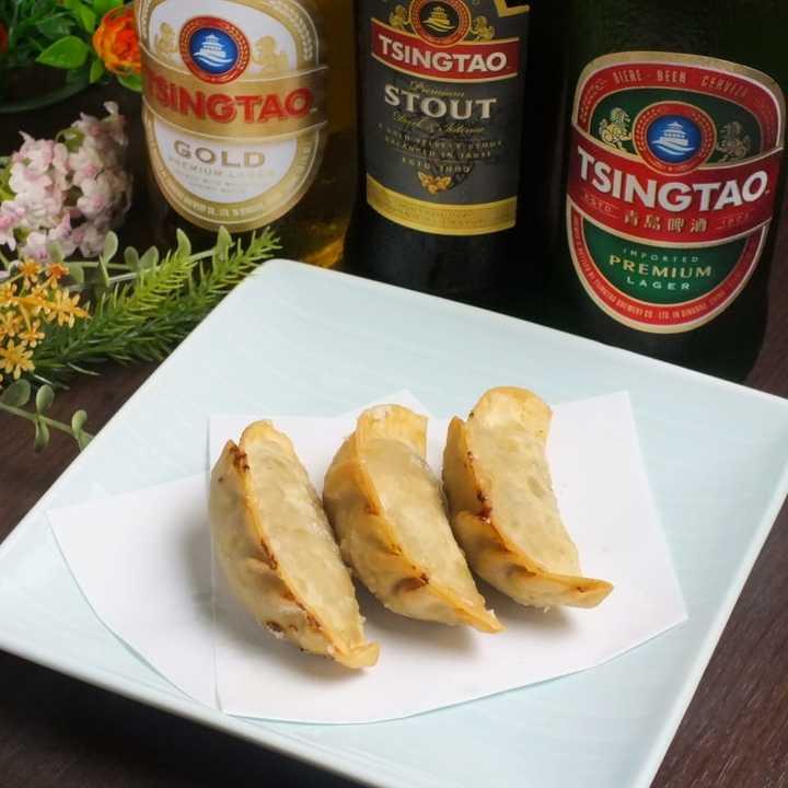 東京・町田市の中華料理が自慢の「DINING BAR SUU(ダイニングバー スー)」が1か月限定の焼酎半額、晩酌セット、食べ放題の特別企画を実施中!