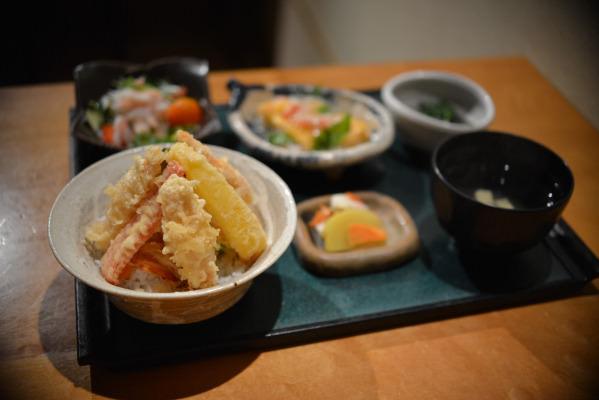 """赤坂割烹ならではの上品な料理で、""""幻の蟹""""を-赤坂割烹「器ながや(きながや)」、5月下旬より気仙沼より""""幻の蟹""""を提供開始-"""