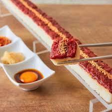 SNSで話題!韓国で人気の長さ55㎝のロングユッケ寿司が仙台初上陸! 販売を記念して、Mサイズ、Lサイズ共に半額キャンペーン開始!!