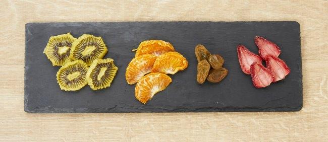 自家製セミドラフルーツ 780円 旬のフルーツを店内でセミドライに。今までにない凝縮感!