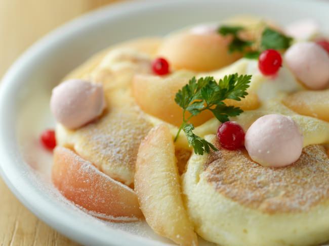 夏休みには北海道の自然を感じるスイーツリゾートへ‼1ヶ月限定の旬の味わい8月1日から販売です。