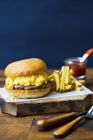 """NY発の「egg」が朝食の新定番""""モーニングバーガー""""を提案『エッグバーガー』を9月2日(火)より販売開始いたします"""