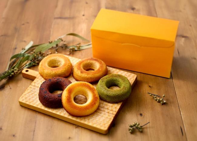 フランス・ブルターニュで愛された3代続く味と技。ル ビアン池袋西武店にて、11/1(金)から「焼きドーナツ」を各種販売いたしました!