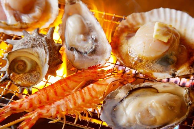 【牡蠣や赤海老など20種類が食べ放題】京橋ウミスズメで『浜焼き食べ放題』60分が999円に!11月11日より期間限定で実施