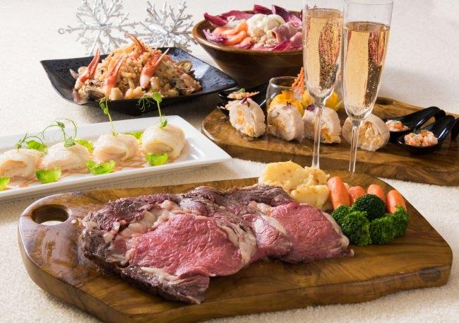 クリスマスにぴったりのお料理とフリードリンク