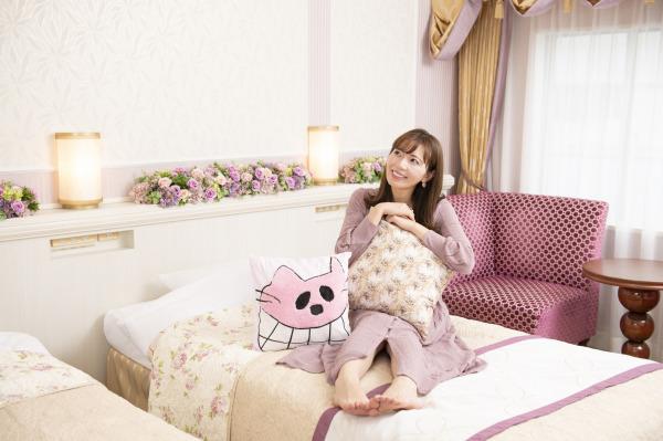 人気YouTuberあいにゃんプロデュース☆「オリジナルクッション付き」宿泊プラン&オリジナル限定ケーキ2種販売