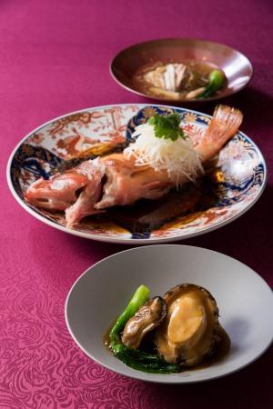 豪華食材を使用した特別ディナーコース (イメージ)
