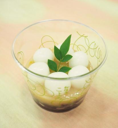 柚子と小豆の意外で美味しい組み合わせ!船橋屋こよみにて柚子の白玉しるこを1月2日より販売いたします。