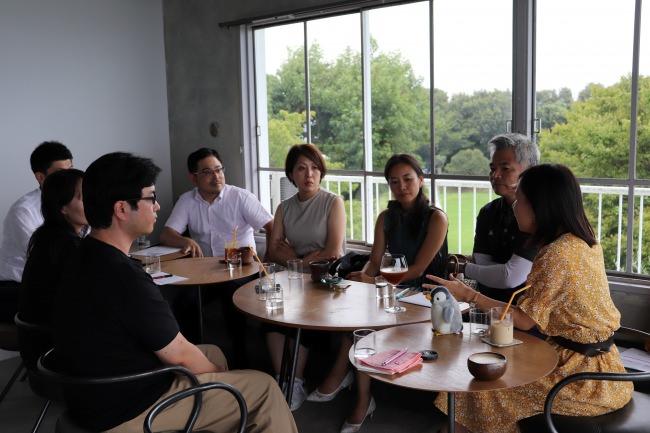 第6回牛窓アカデメイア「プロとアマは何が違う?」がテーマの哲学カフェ開催