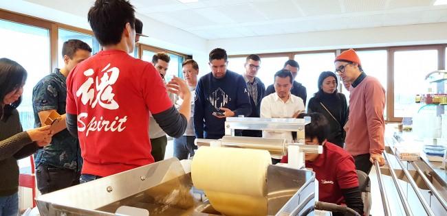 【 業界初 】ヨーロッパ自社拠点開設 ~高品質自家製麺のサポートと365日年中無休のメンテナンスの強化~