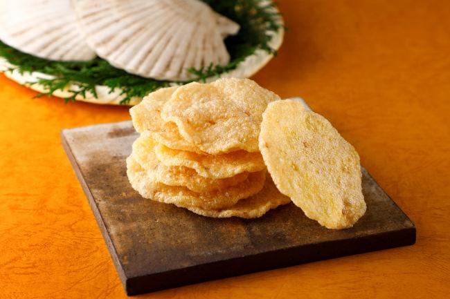 老舗和菓子「築地ちとせ」 より、新味おせんべい「帆立天せんべい」 を発売いたします!