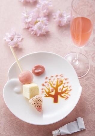 「お絵描きパレットと苺のブロシェット」 イメージ