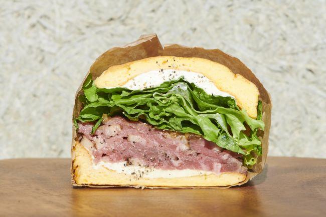 ローストビーフとハーブクリームチーズ 790円