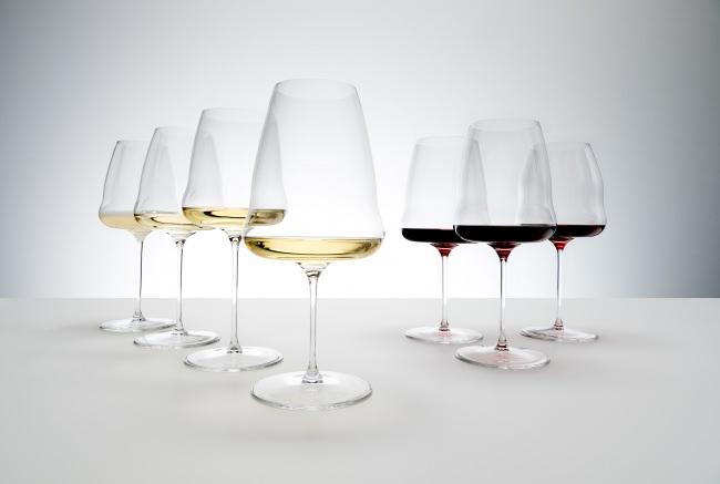 【リーデル】フラットなボトムで空気との接触面を広げてワインの美味しさを引き出す革新的高機能グラス