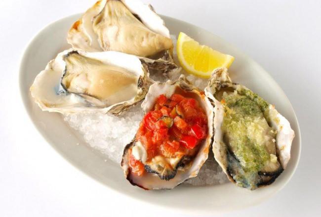 ラタトゥイユの焼牡蠣&エスカルゴバターの焼牡蠣