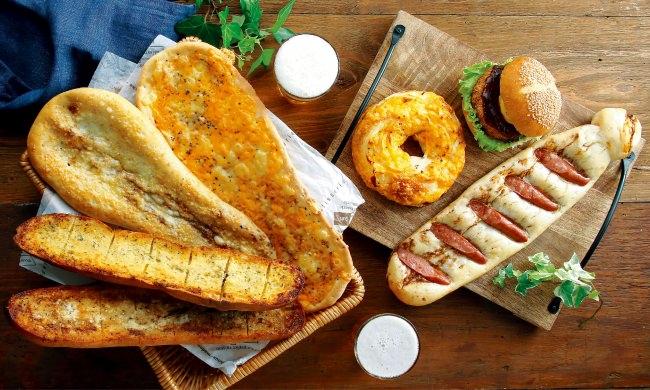 ネクタイの形をしたユーモアなパンでお父さんに日頃の感謝を伝えよう!クイーンズ伊勢丹のオリジナルベーカリー「クイーンズベーカリー」で「父の日フェア」を開催 6月15日(月)~21日(日)