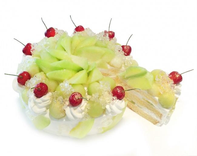 カフェコムサは毎月22日がショートケーキの日!6月は旬のメロンを使用したショートケーキを限定発売