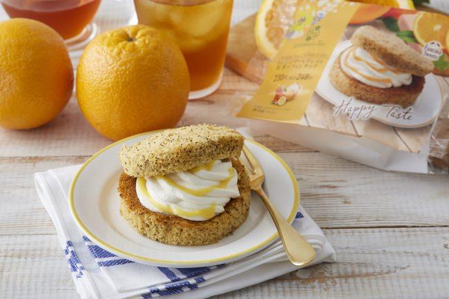Afternoon Tea監修「オレンジアールグレイの紅茶シフォンサンド」(本体 230 円、税込 248 円)
