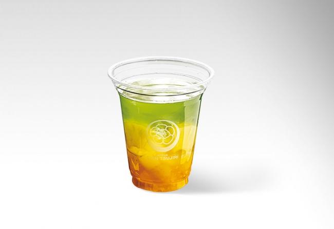 爽やかな冷煎茶×夏フルーツの意外な組み合わせが美味!二層の夏カラーが元気をくれる「トロピカル冷煎茶」、祇園辻利本店の夏限定メニューとして8月1日より新登場。